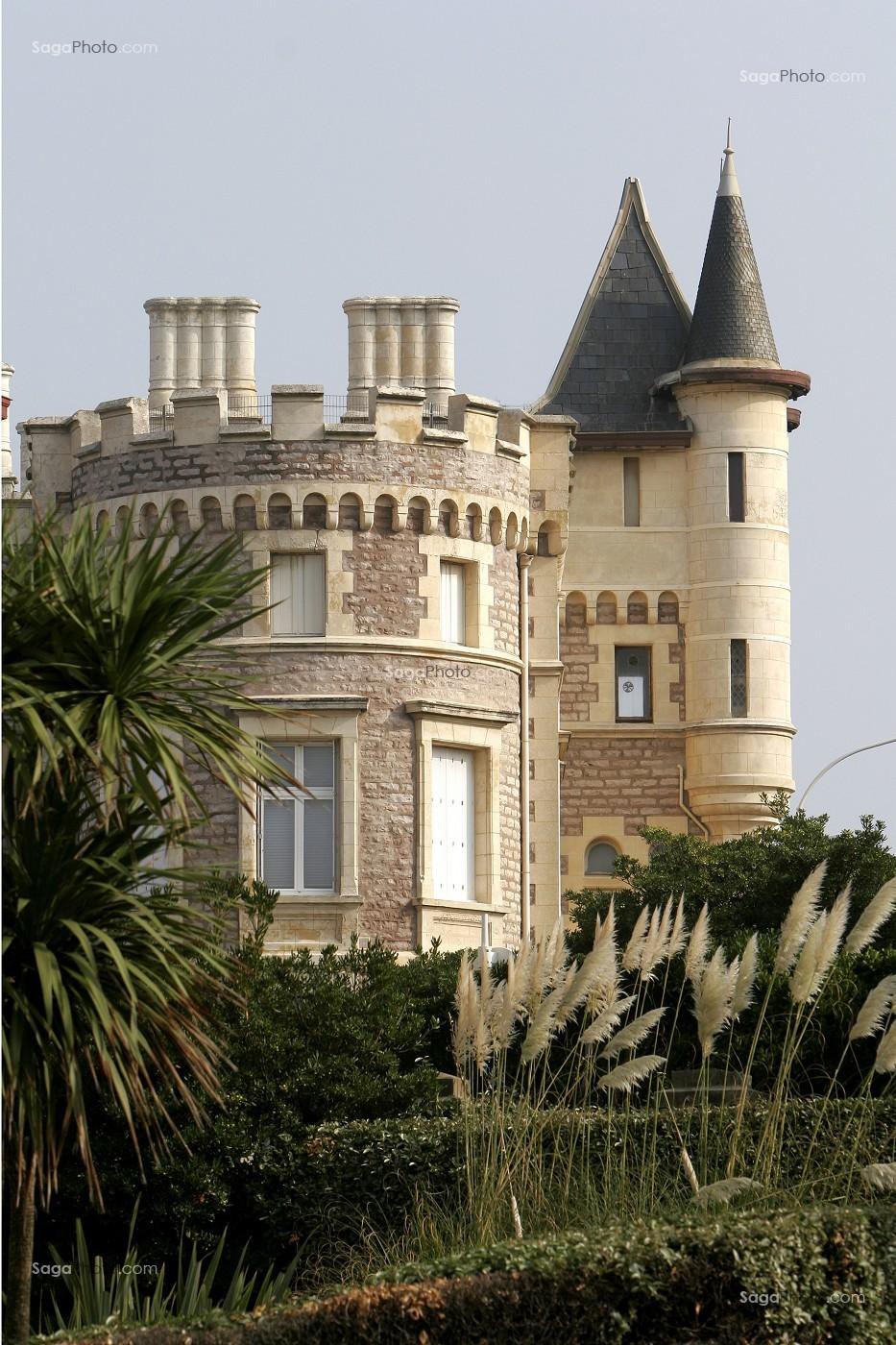 photo de villa roche ronde architecte huguenin pays basque cote basque biarritz biarritz. Black Bedroom Furniture Sets. Home Design Ideas