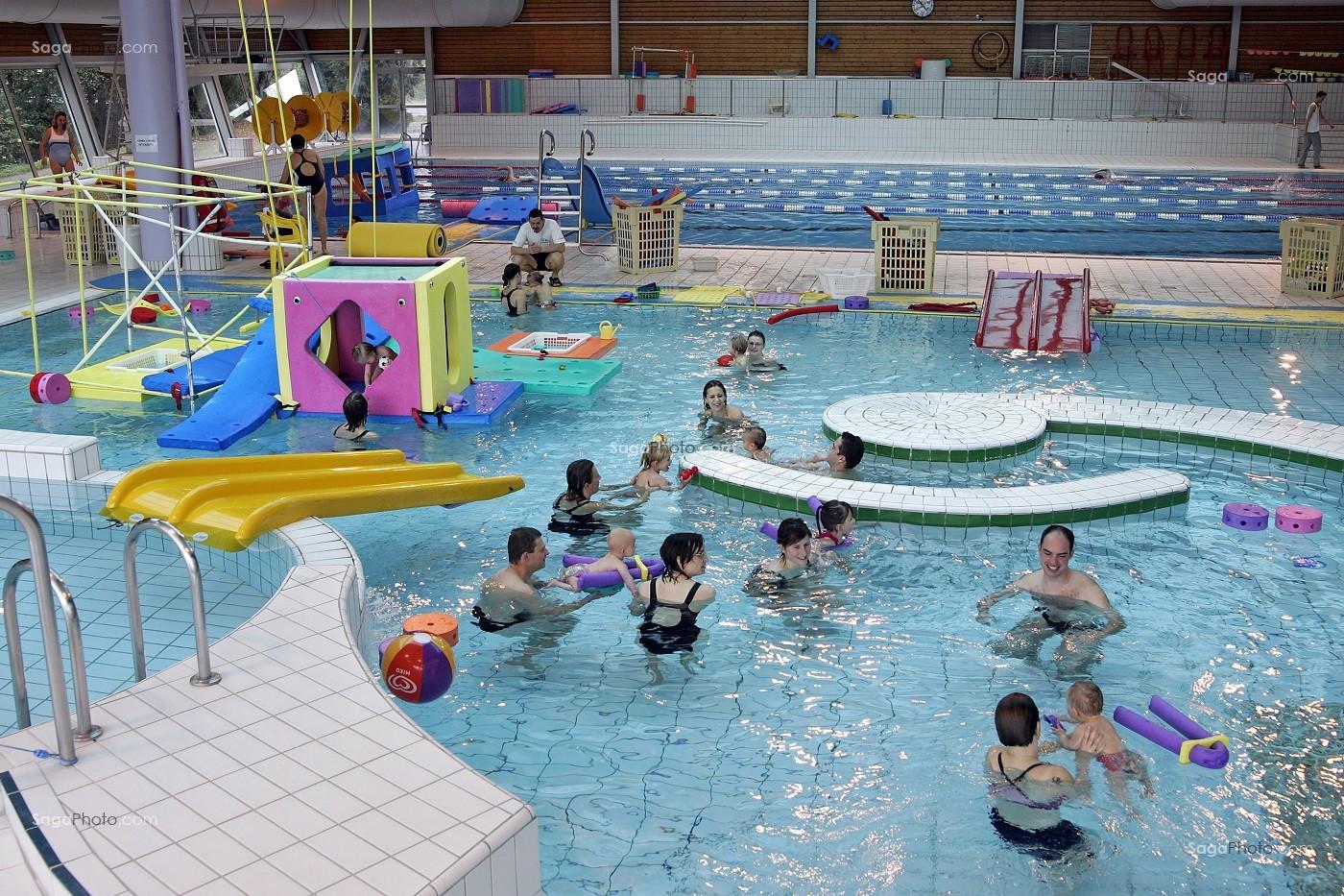 Photo de seance de bebes nageurs piscine du cap 39 orne l for Piscine l aigle