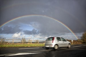ARC-EN-CIEL SUR LA ROUTE NATIONALE, ARGENTAN, ORNE (61), FRANCE