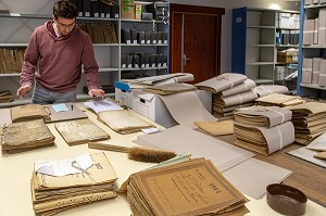 OLD DOCUMENTS SORTING ROOM, DEPARTMENTAL ARCHIVES OF THE EURE-ET-LOIR, CHARTRES (28), FRANCE